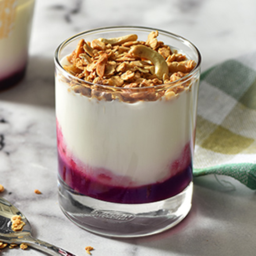 <h1 class='title_cn'>莓果燕麥優格</h1><h3 class='title_en'>Berries & Oats Yogurt</h3>