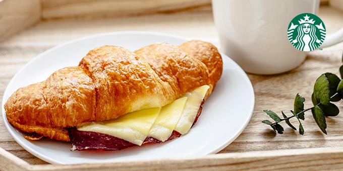 Starbucks星巴克 x foodomo 》外送平台foodomo活動:起司牛肉可頌單一價優惠!【2021/10/5 止】